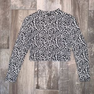DIVIDED H&M Long Sleeve Cropped Floral Top M
